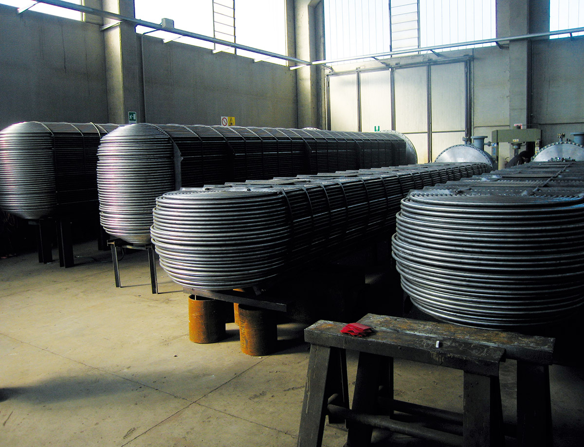 U bend type tube systems